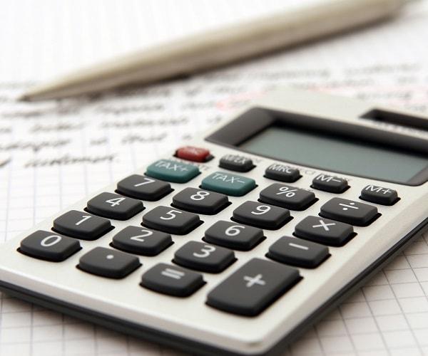 Calculando impostos